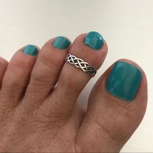 Jewelry - Sterling Silver Celtic Design Toe Ring